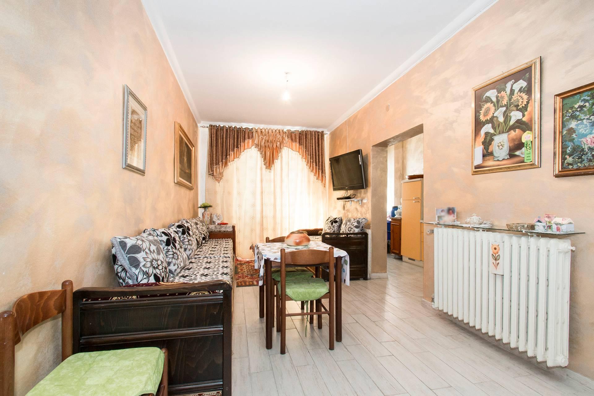 Bilocale Torino Via Chisola, To 4