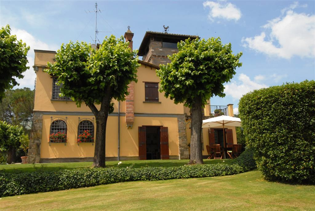 Villa in vendita a Nepi, 14 locali, prezzo € 1.750.000 | Cambio Casa.it