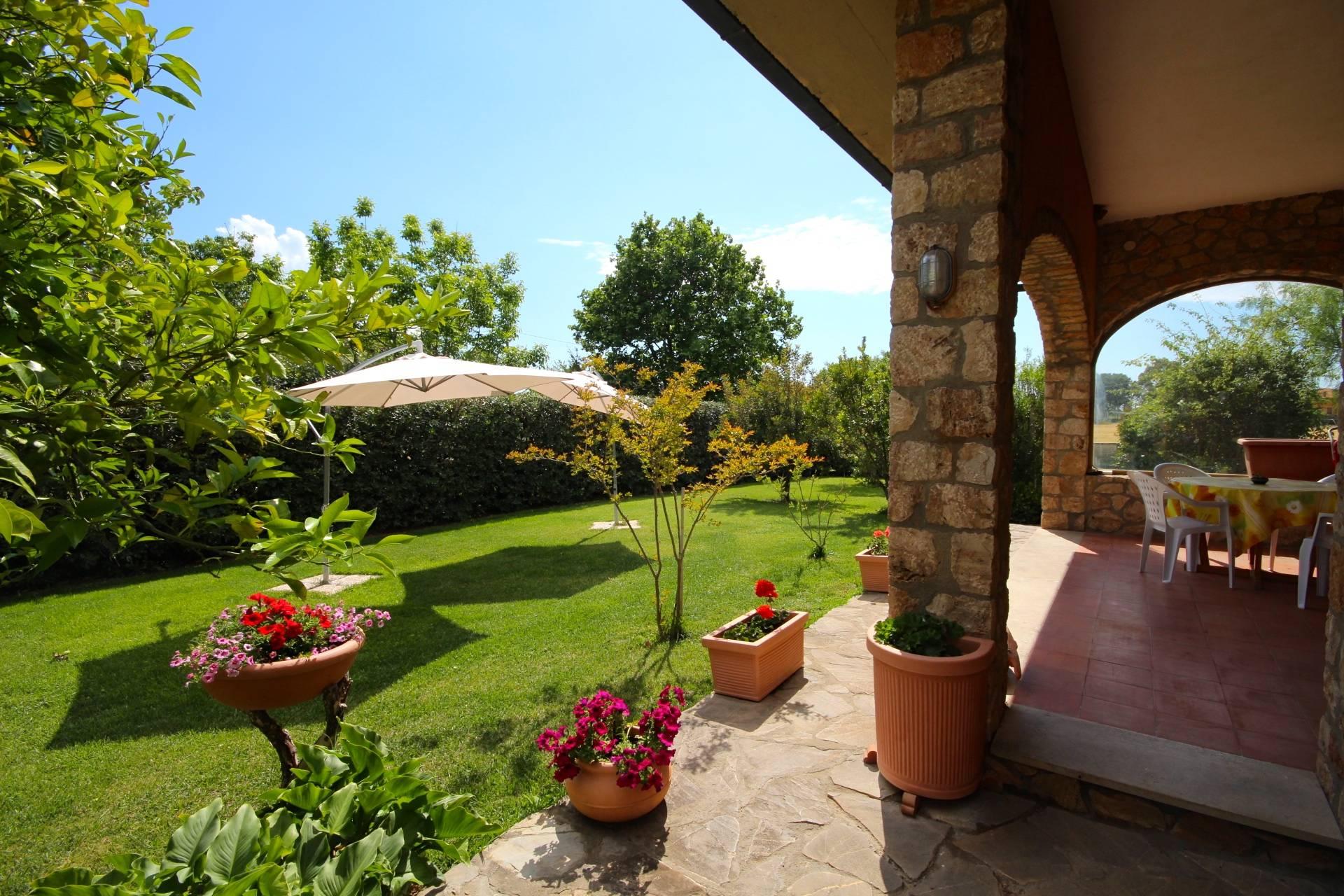 Villa in vendita a Orbetello, 6 locali, zona Località: LaParrina, prezzo € 450.000 | Cambio Casa.it