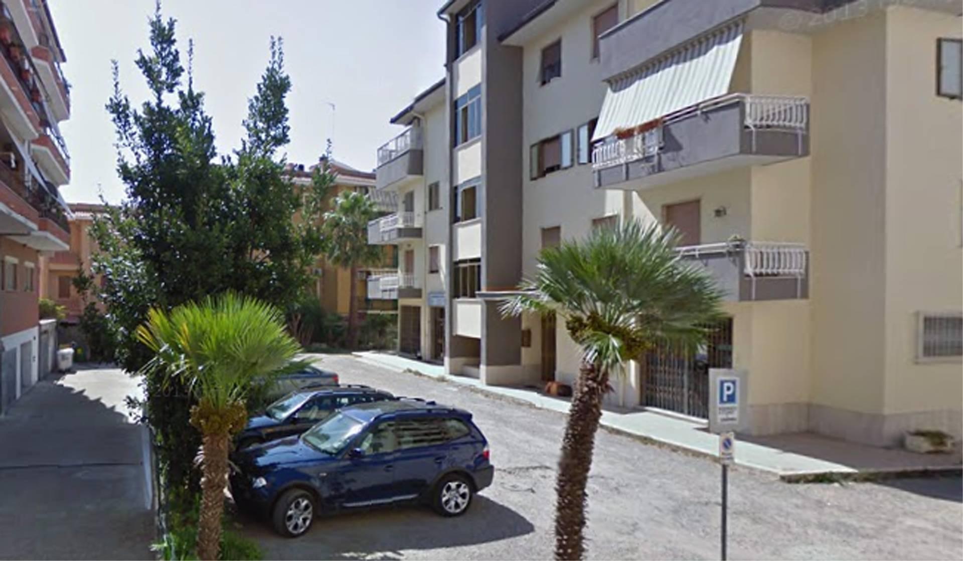 Negozio / Locale in affitto a Tarquinia, 9999 locali, zona Località: Coop, prezzo € 500 | CambioCasa.it