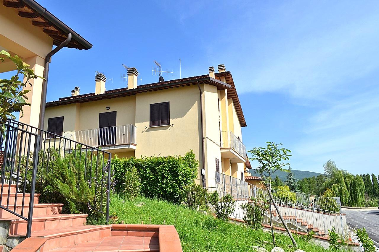 Appartamento in vendita a Nocera Umbra, 3 locali, prezzo € 18.000 | CambioCasa.it