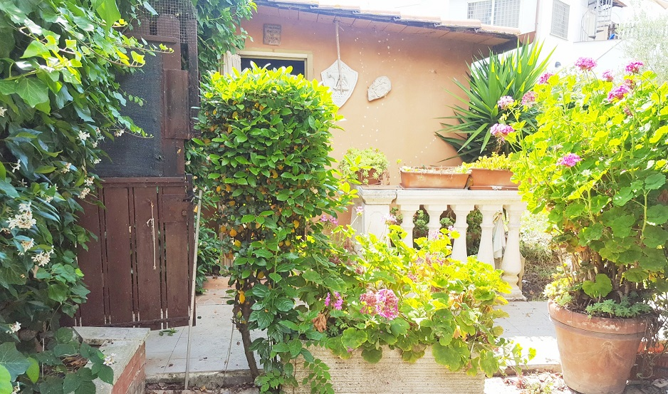 Bilocale Ardea Via Arno 9