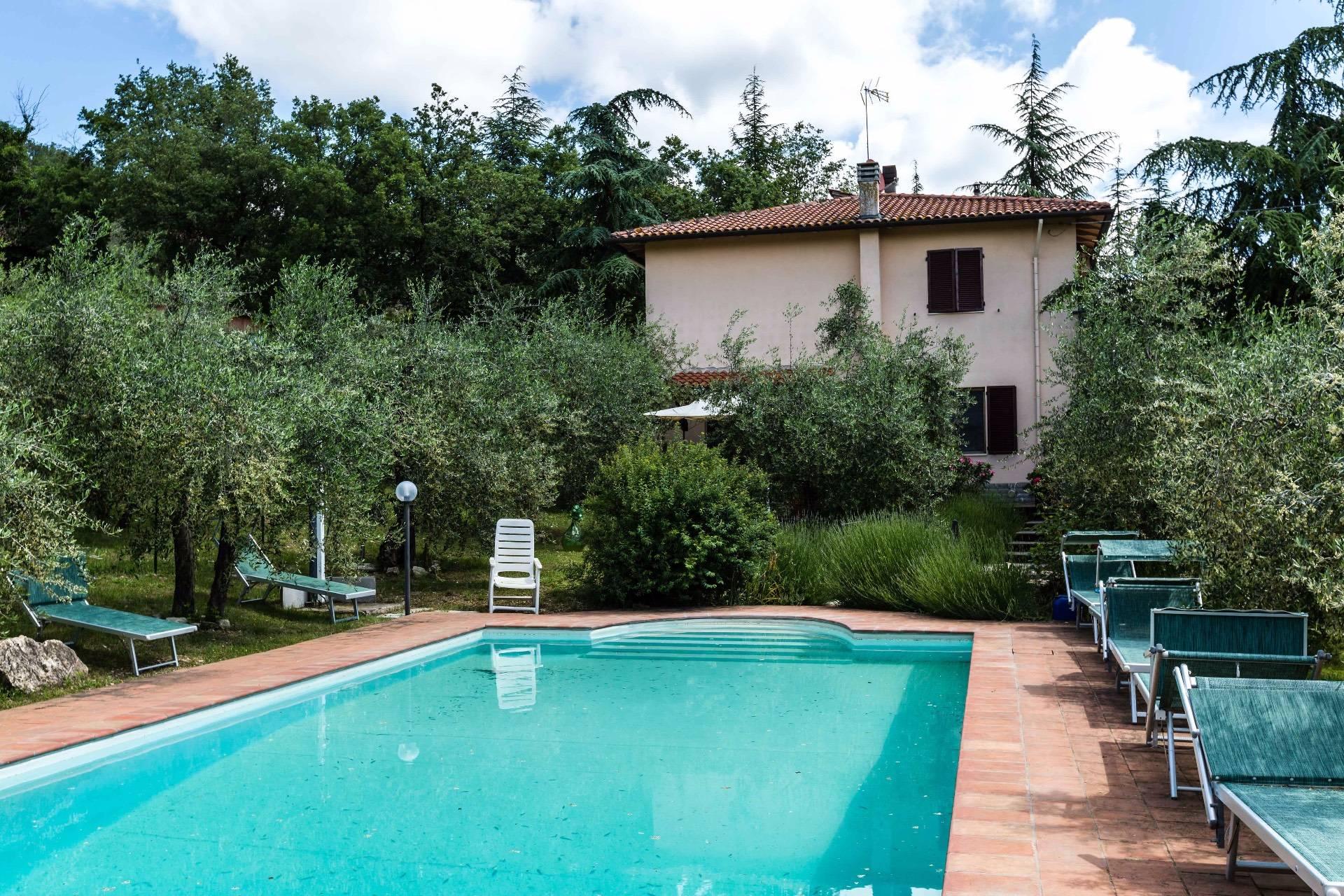 Rustico / Casale in vendita a Gaiole in Chianti, 10 locali, zona Zona: Lecchi, prezzo € 790.000 | CambioCasa.it