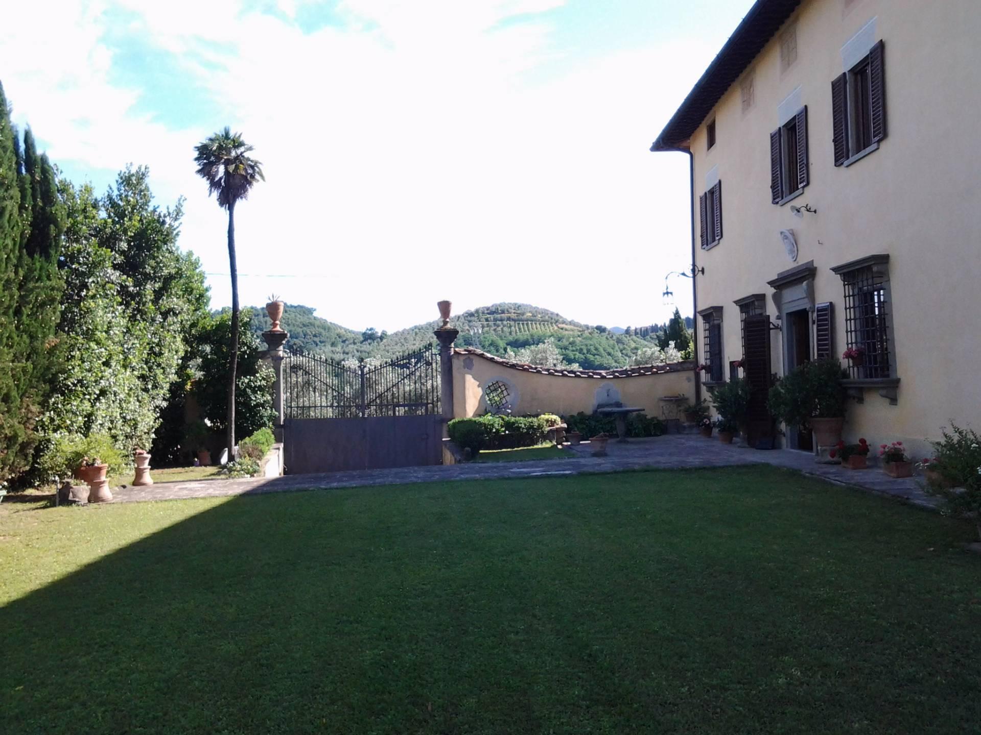 Villa in vendita a Poggio a Caiano, 20 locali, prezzo € 2.100.000 | Cambio Casa.it