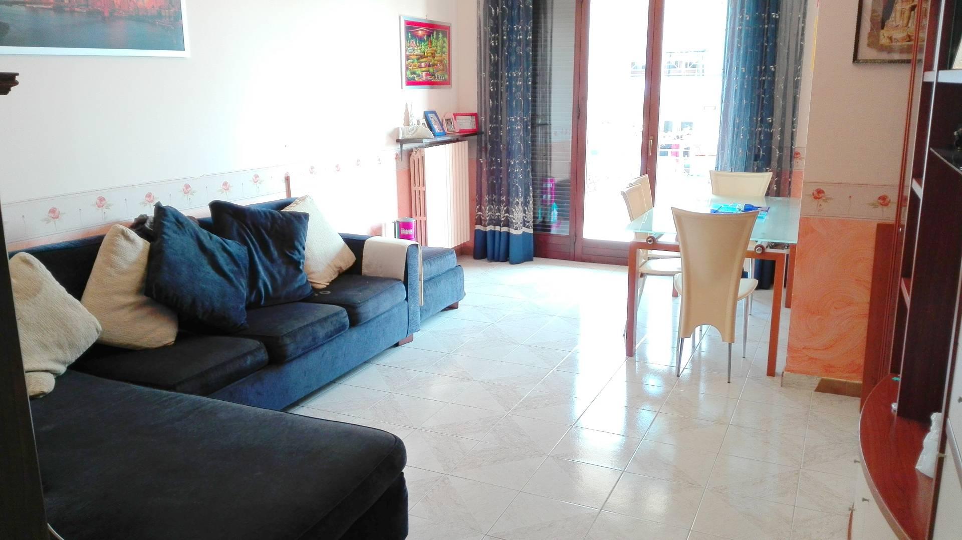 Appartamento in vendita a Viterbo, 4 locali, zona Località: GrotteS.oStefano, prezzo € 115.000 | Cambio Casa.it