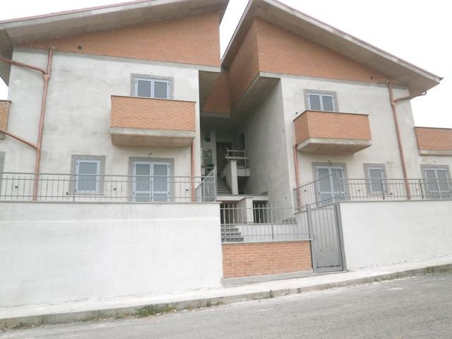 Appartamento in vendita a Civita Castellana, 3 locali, prezzo € 108.000 | Cambio Casa.it