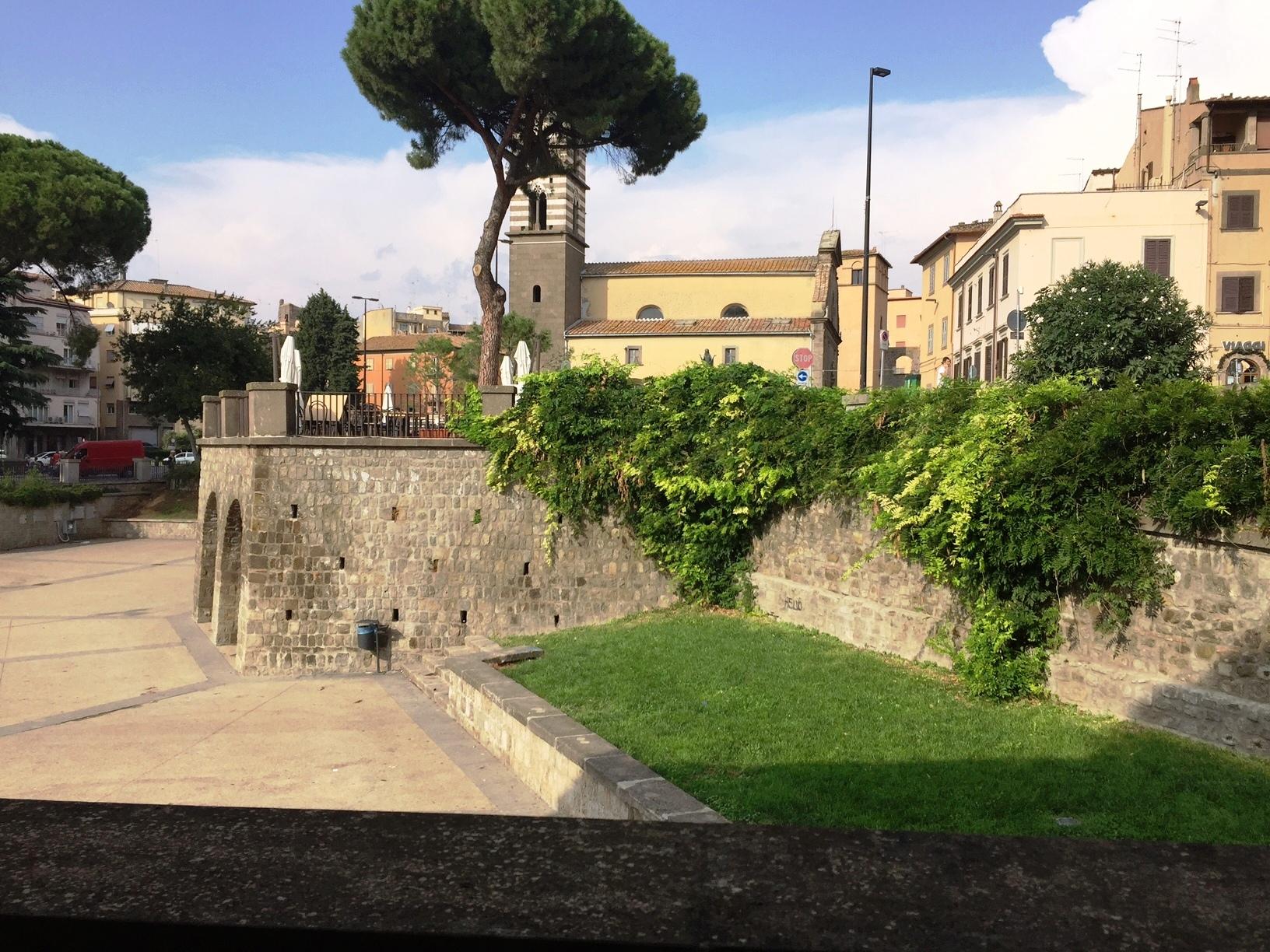 Bilocale Viterbo Via Valle Piatta 10