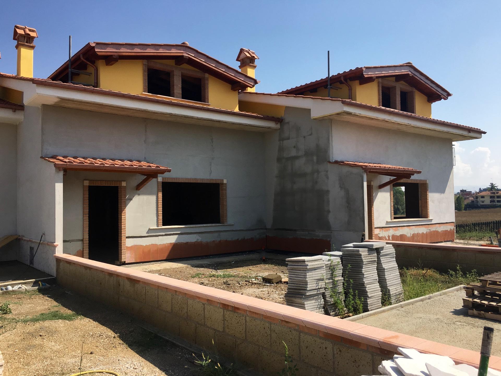 Villa in vendita a Mentana, 4 locali, zona Zona: Castelchiodato, prezzo € 359.000 | CambioCasa.it