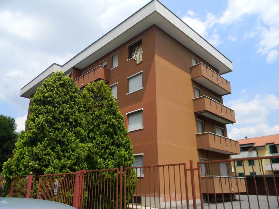 Appartamento in vendita a San Vittore Olona, 2 locali, prezzo € 88.000 | CambioCasa.it