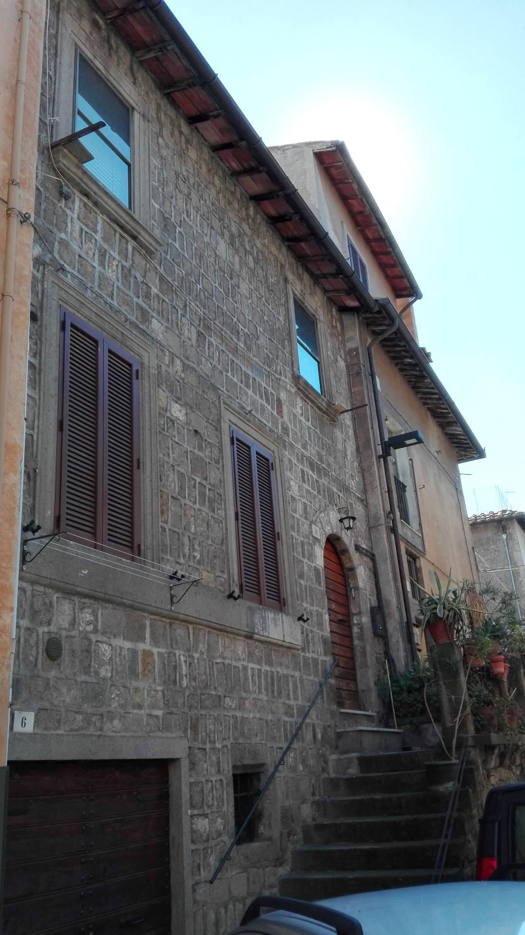 Appartamento in vendita a Viterbo, 3 locali, zona Zona: Centro, prezzo € 45.000 | Cambio Casa.it