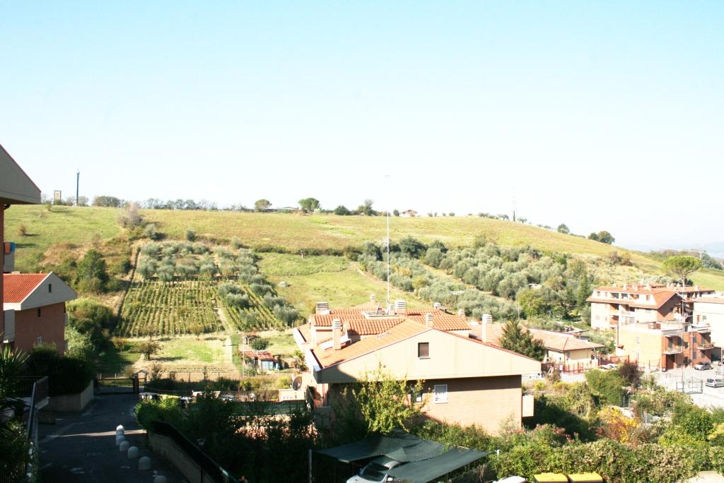 Bilocale Monterotondo Via Turati 1