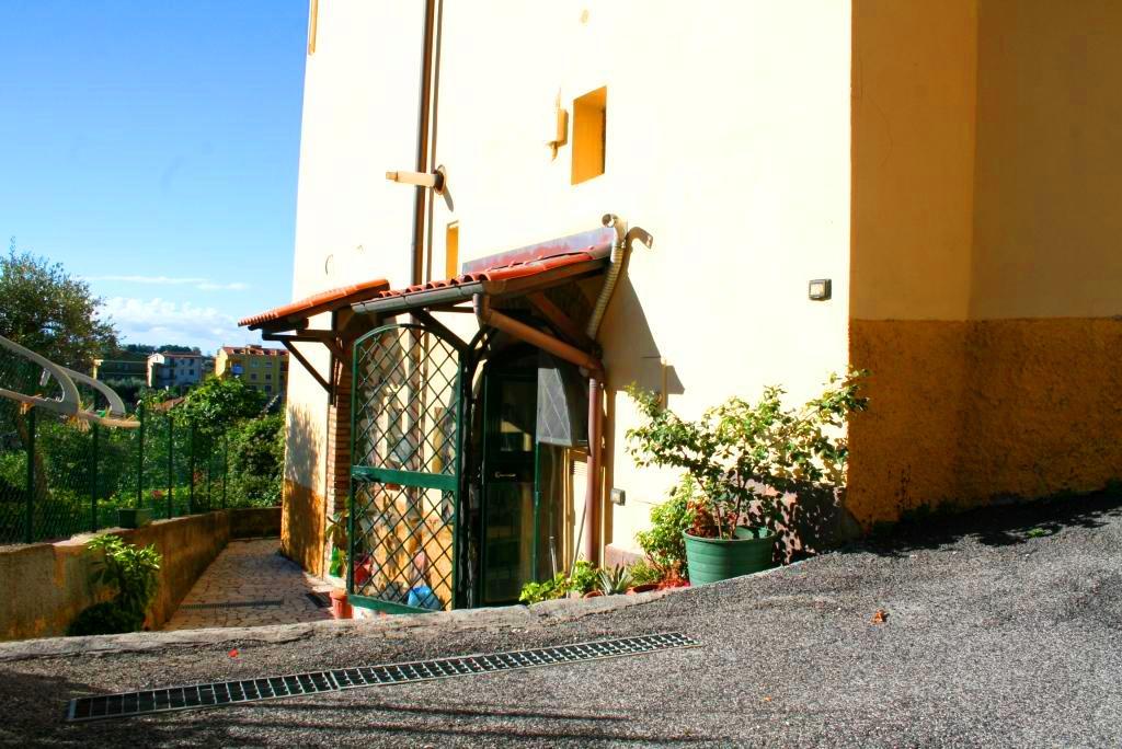 Bilocale Monterotondo Piazza Martiri Della Libertà 2