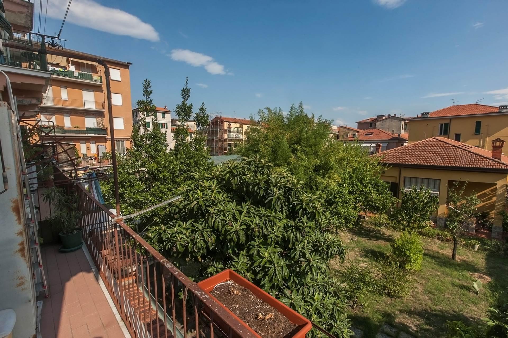 Bilocale La Spezia Via Faiti 3