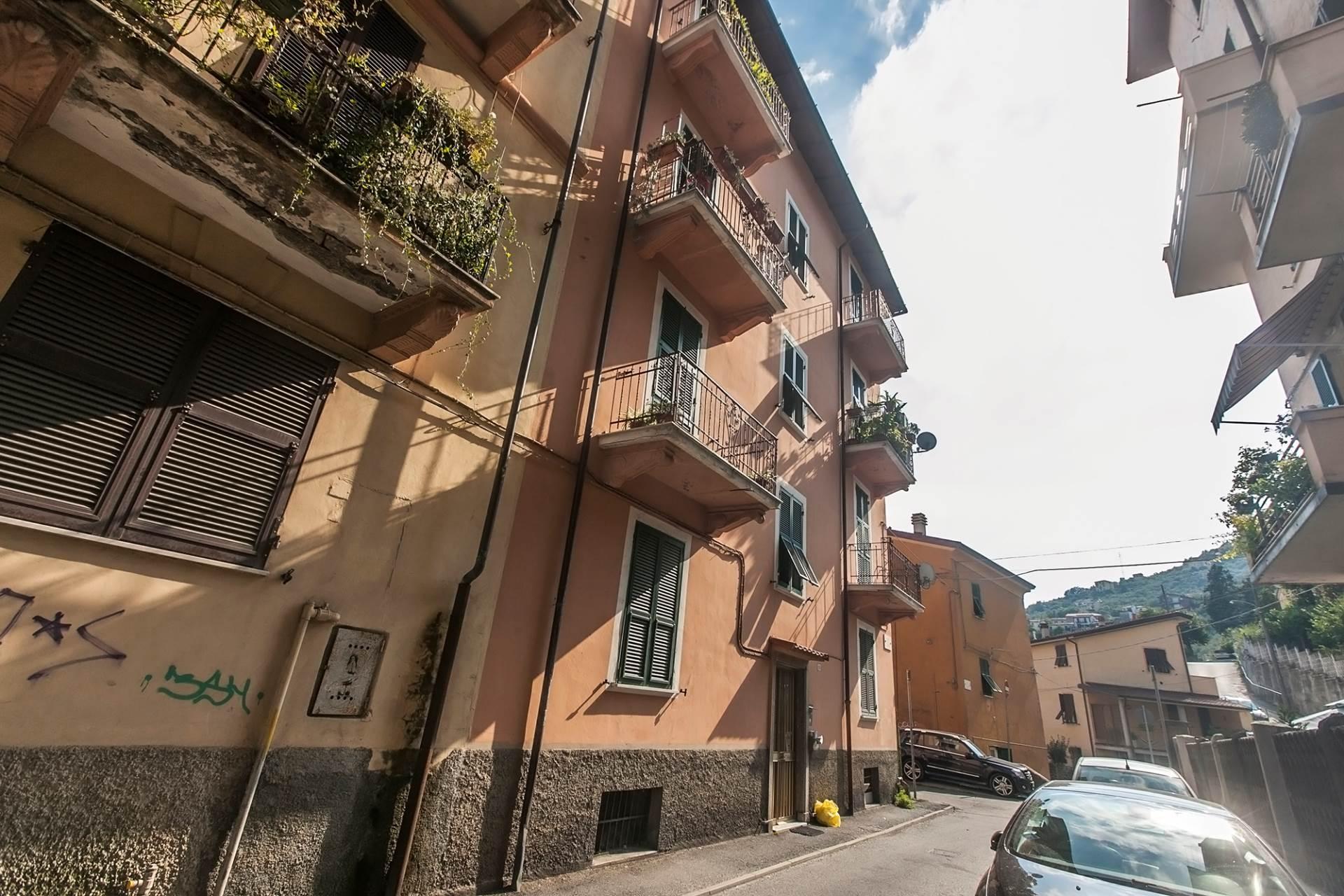 Bilocale La Spezia Via Faiti 2