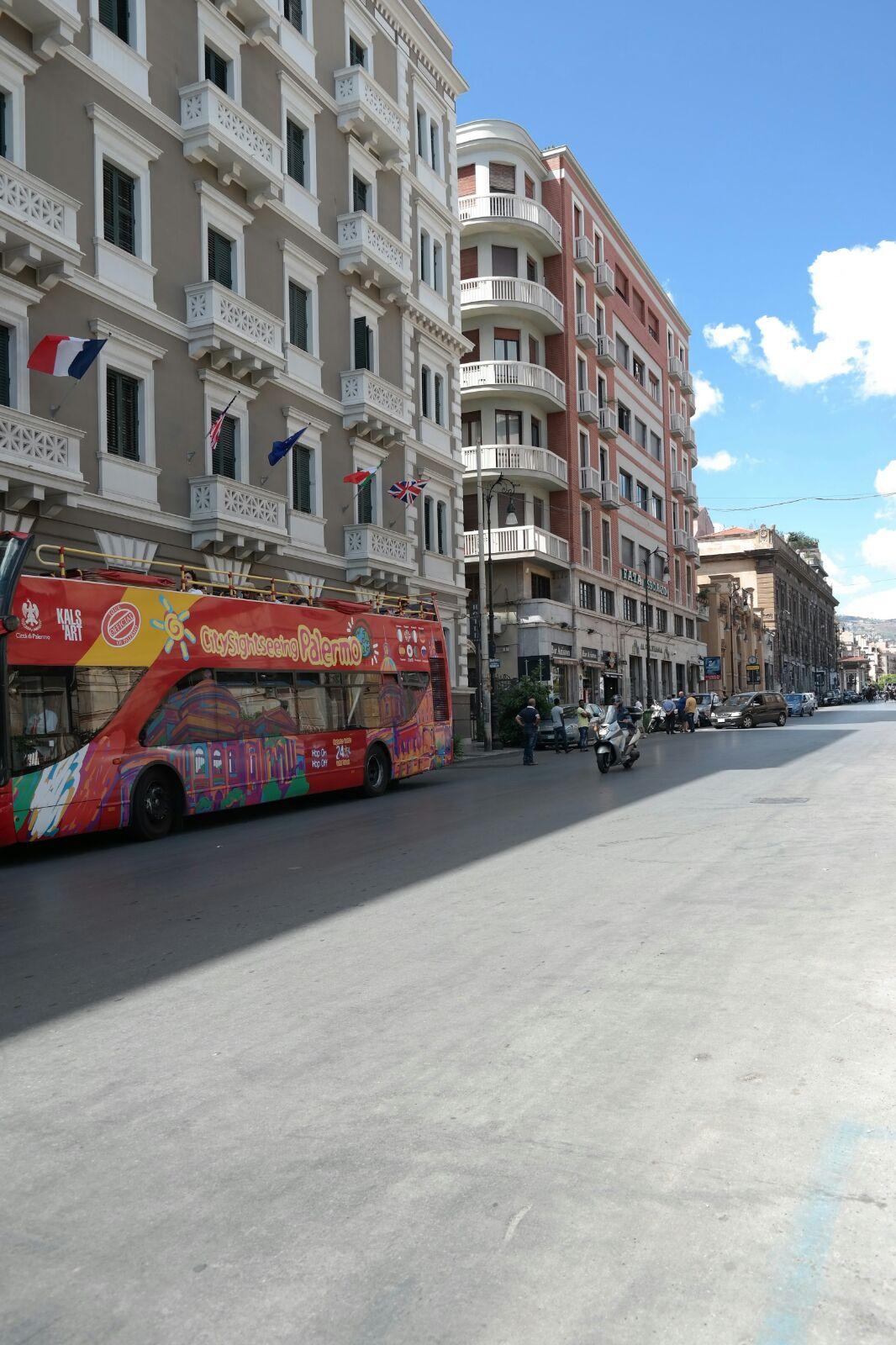 Bilocale Palermo Via Emerico Amari 1