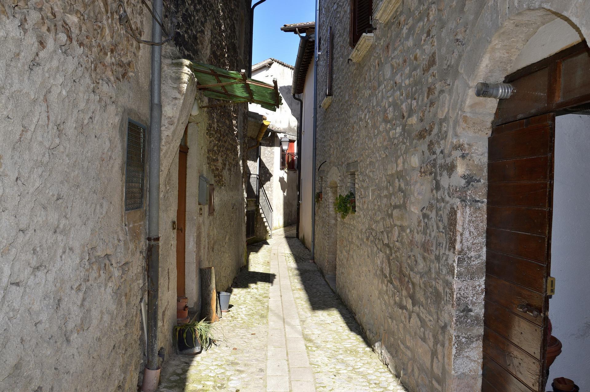 Appartamento in vendita a Sant'Anatolia di Narco, 1 locali, prezzo € 29.000 | Cambio Casa.it