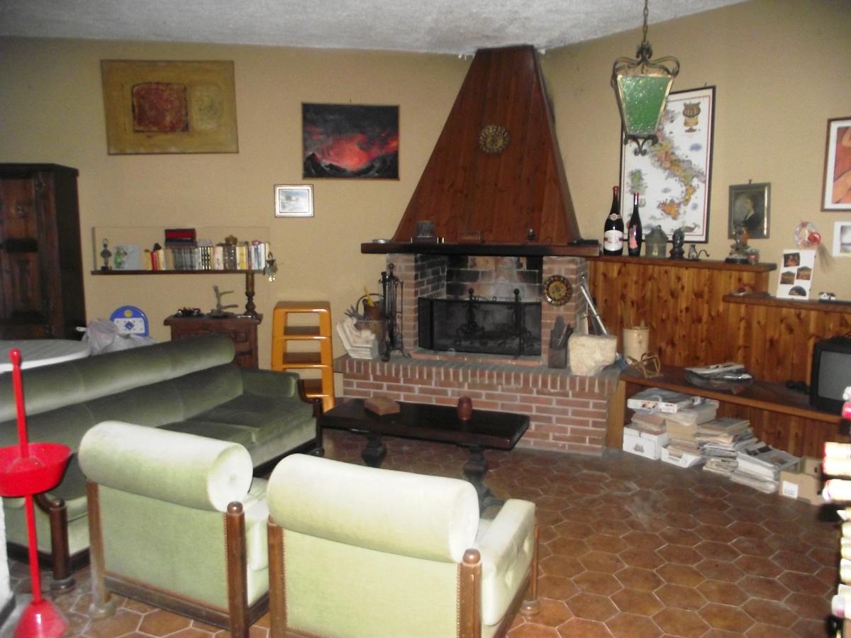 Villa in vendita a Mandela, 6 locali, prezzo € 220.000 | Cambio Casa.it