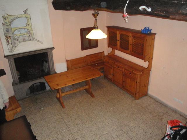 Appartamento in vendita a Viterbo, 3 locali, zona Zona: Bagnaia, prezzo € 39.000   CambioCasa.it