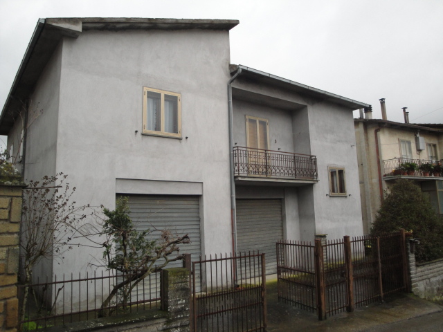 Soluzione Indipendente in vendita a Bomarzo, 4 locali, prezzo € 110.000 | Cambio Casa.it