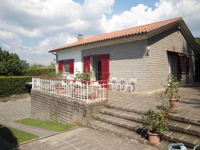 Villa in vendita a Viterbo, 3 locali, zona Zona: Bagnaia, prezzo € 265.000 | Cambio Casa.it