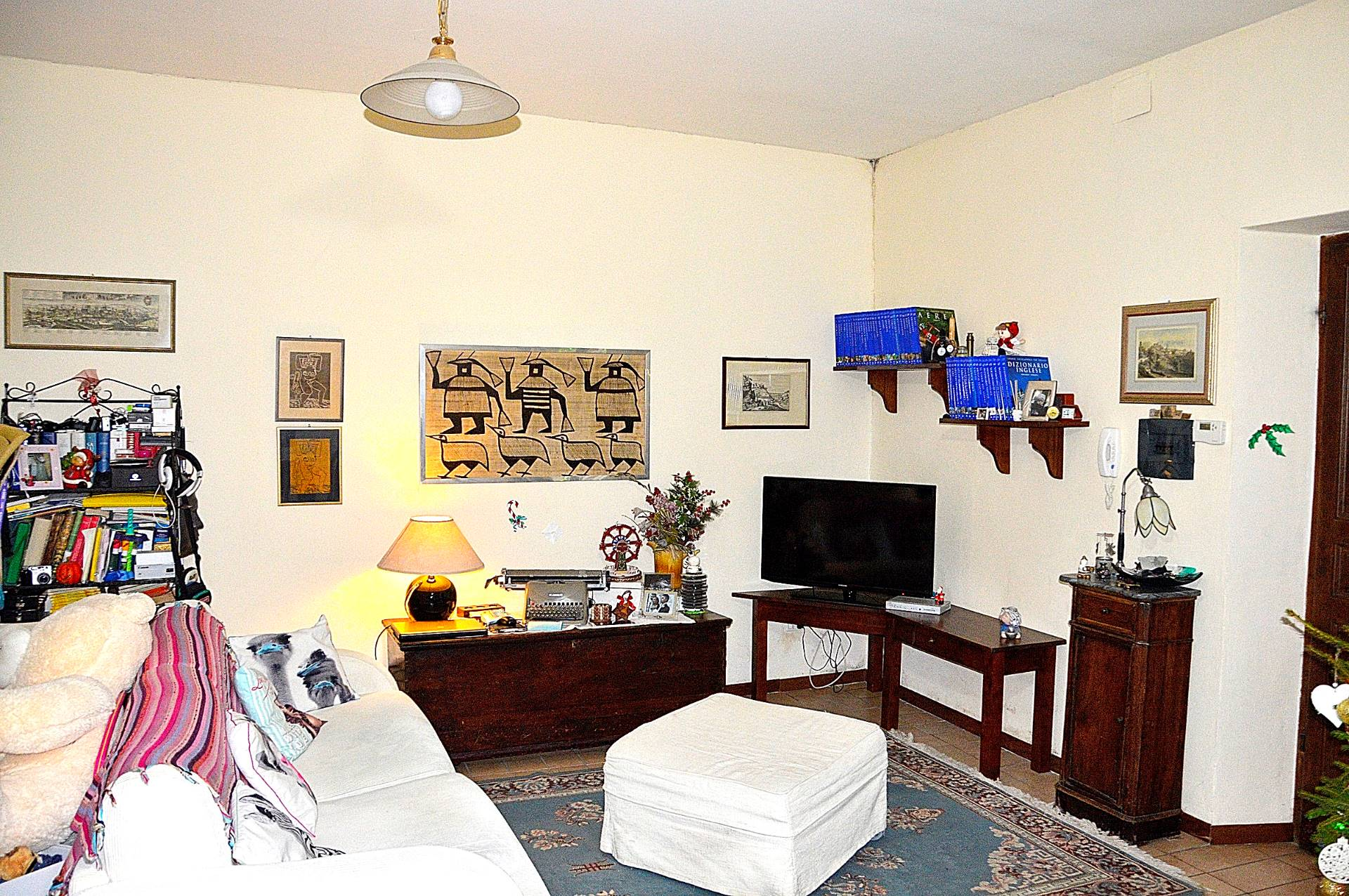 Appartamento in vendita a Campello sul Clitunno, 3 locali, prezzo € 65.000 | Cambio Casa.it