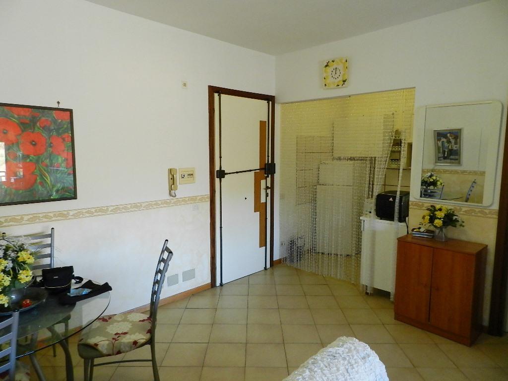 Bilocale Santa Marinella Via Etruria 2