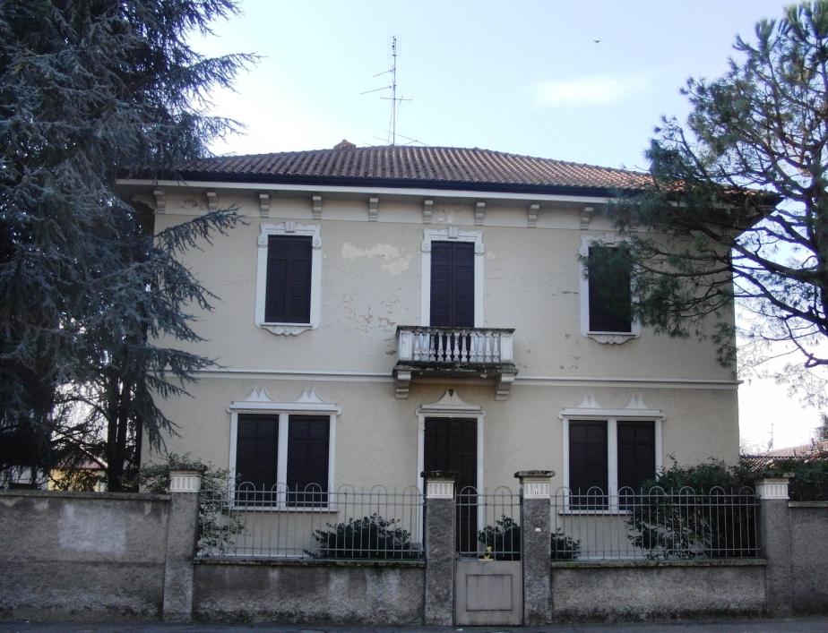 Villa in vendita a Nerviano, 7 locali, prezzo € 290.000   Cambio Casa.it