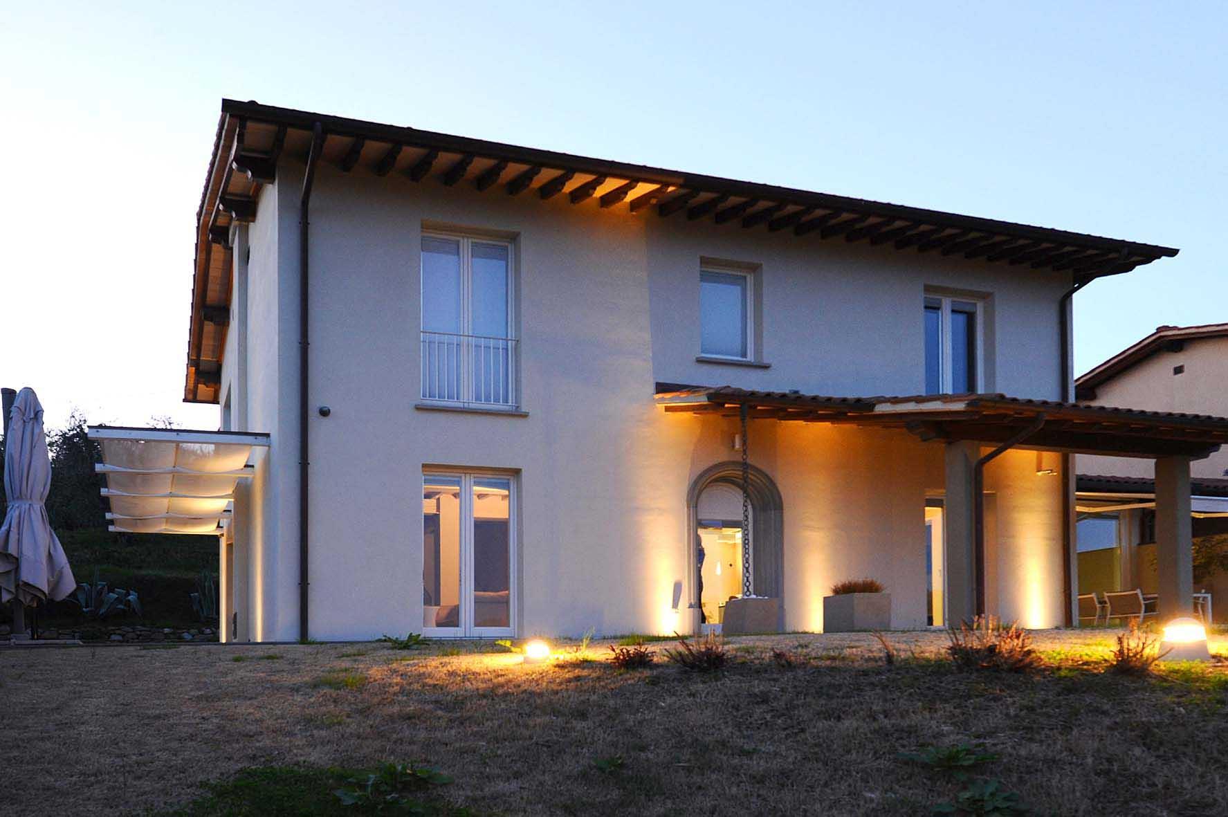 Villa in vendita a Massa e Cozzile, 16 locali, zona Zona: Massa, prezzo € 950.000 | CambioCasa.it