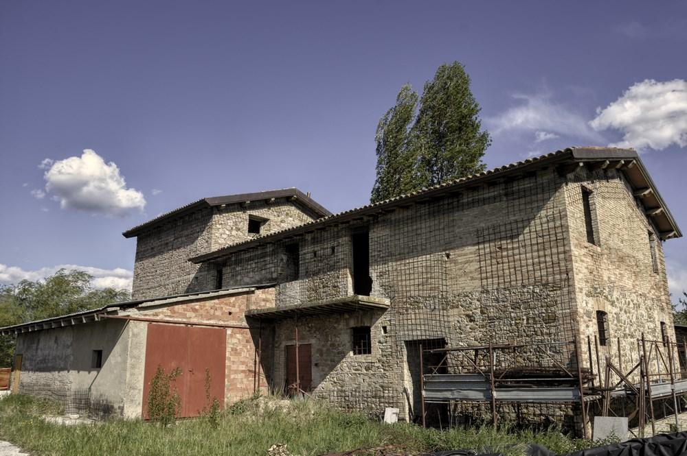 Rustico / Casale in Vendita a Cannara