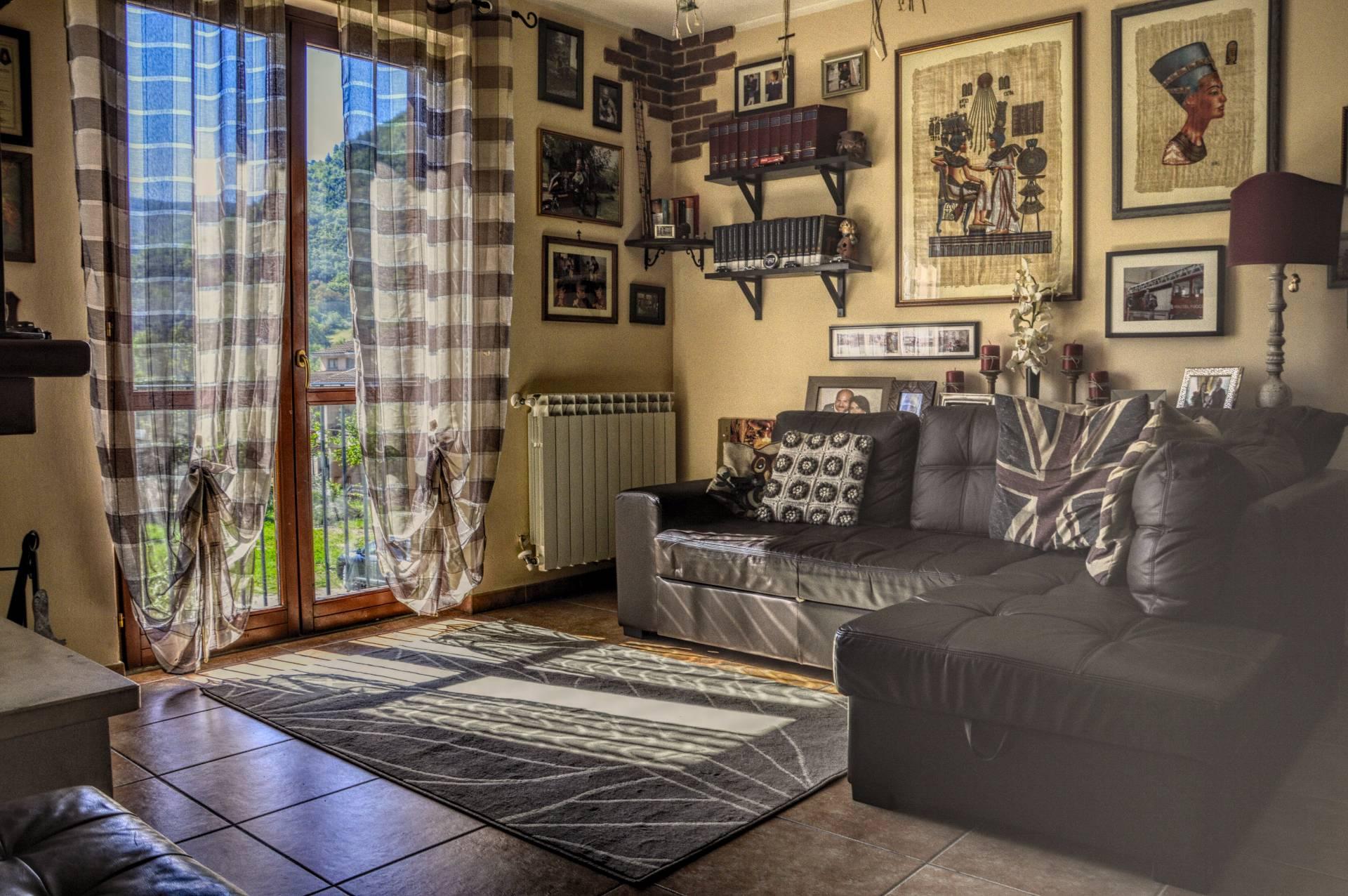 Villa in vendita a Arrone, 5 locali, zona Località: Arrone-Centro, prezzo € 149.000 | CambioCasa.it