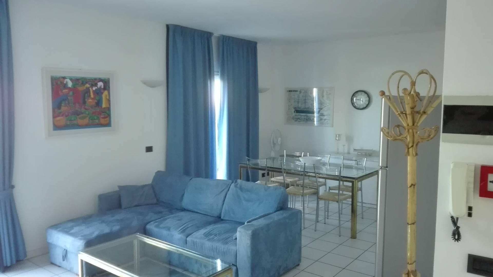 Attico / Mansarda in affitto a Riccione, 3 locali, zona Località: CENTRO, Trattative riservate | CambioCasa.it