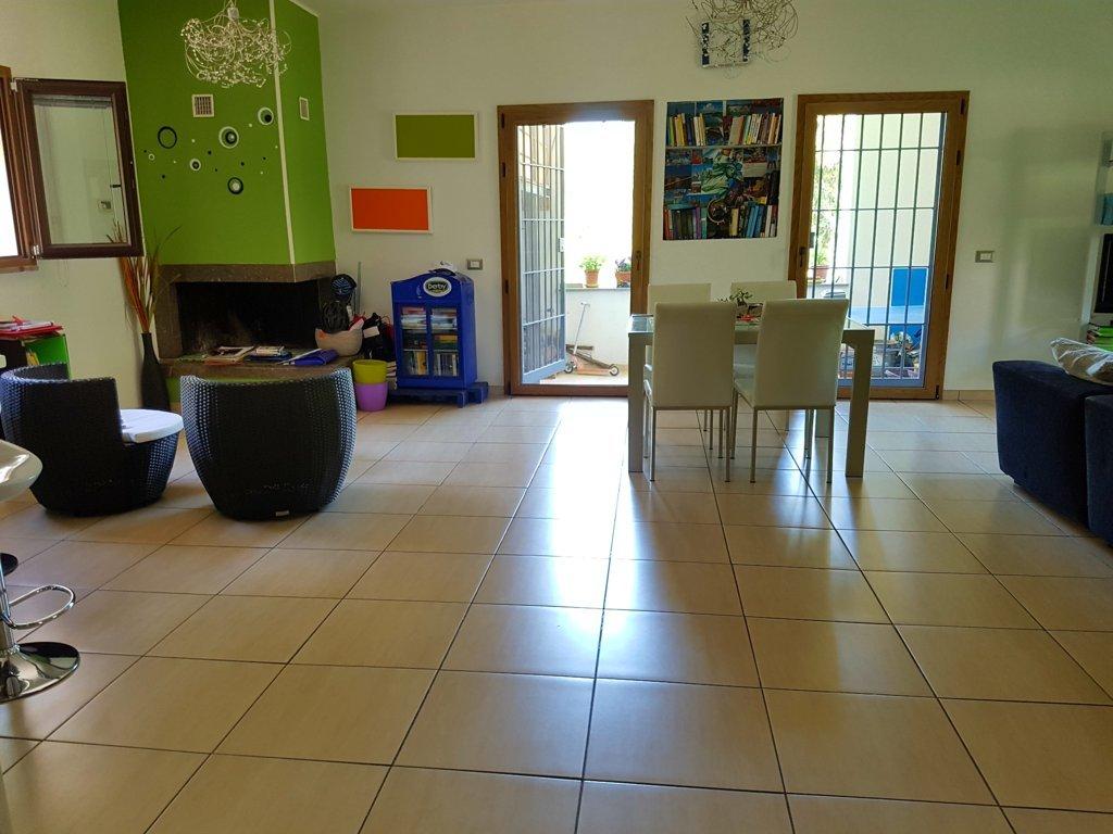 Appartamento in vendita a Viterbo, 4 locali, zona Zona: Semicentro, prezzo € 195.000 | CambioCasa.it