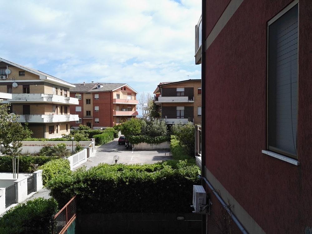 Appartamento in affitto a Francavilla al Mare, 3 locali, prezzo € 150.000 | CambioCasa.it