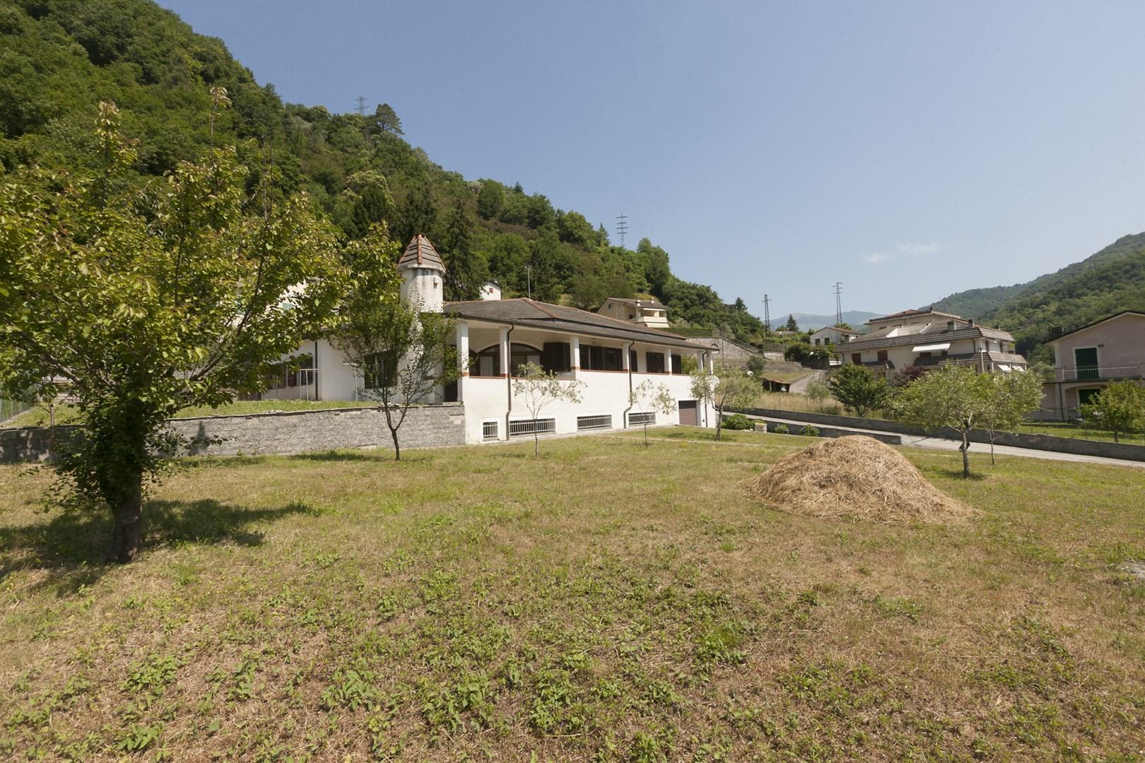 Villa in vendita a Mezzanego, 14 locali, zona Località: BorgonovoLigure, prezzo € 399.000 | CambioCasa.it
