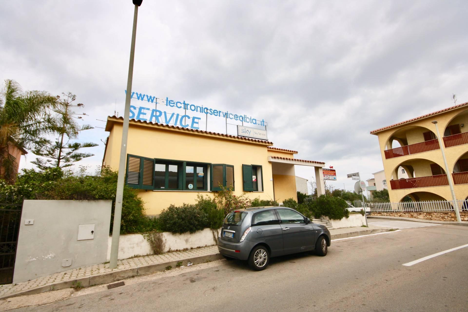 Attività / Licenza in affitto a Olbia - Porto Rotondo, 9999 locali, zona Località: Olbiacittà, prezzo € 2.500 | CambioCasa.it
