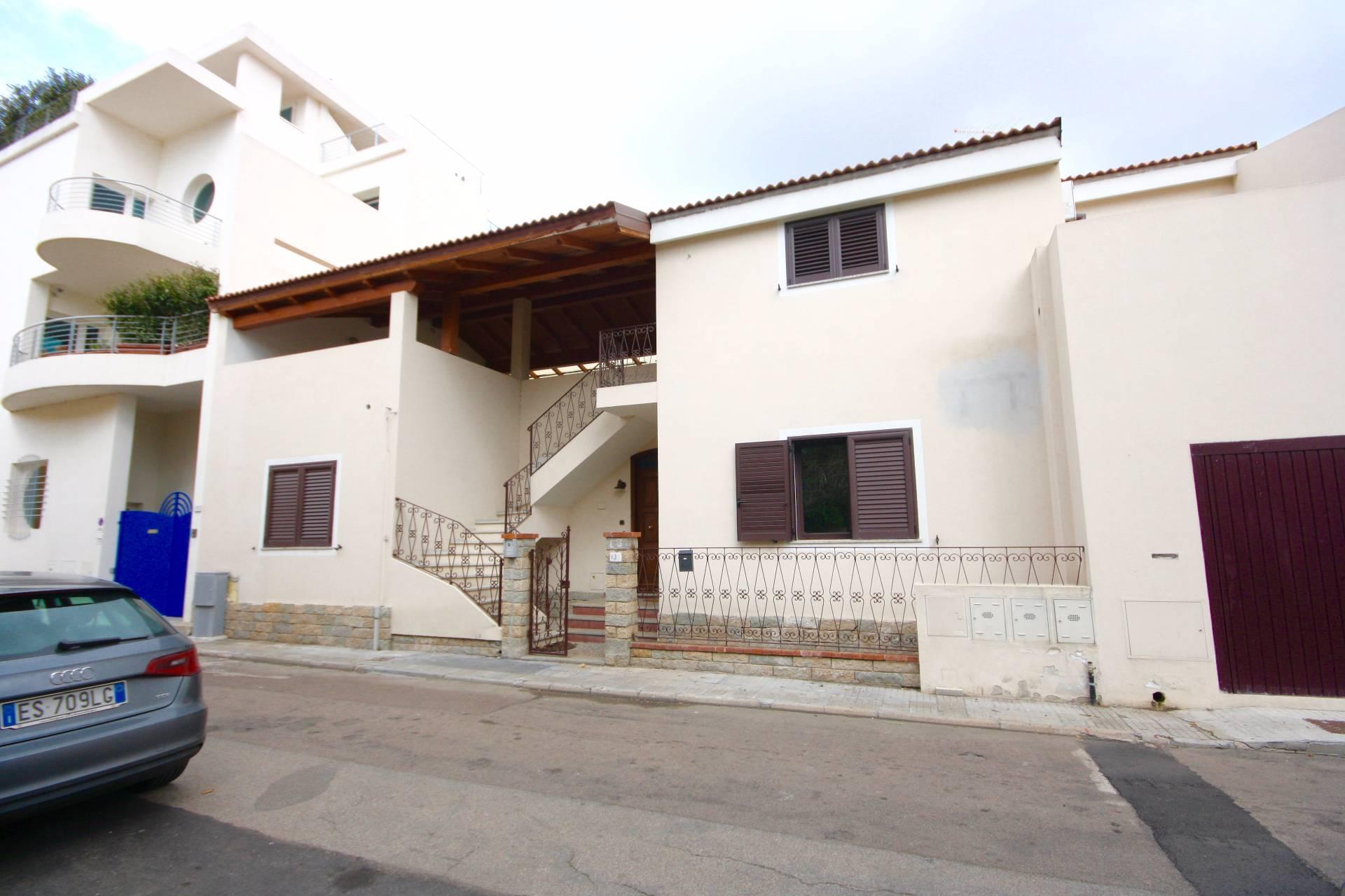 Appartamento in affitto a Olbia - Porto Rotondo, 5 locali, zona Località: Olbiacittà, prezzo € 800 | CambioCasa.it