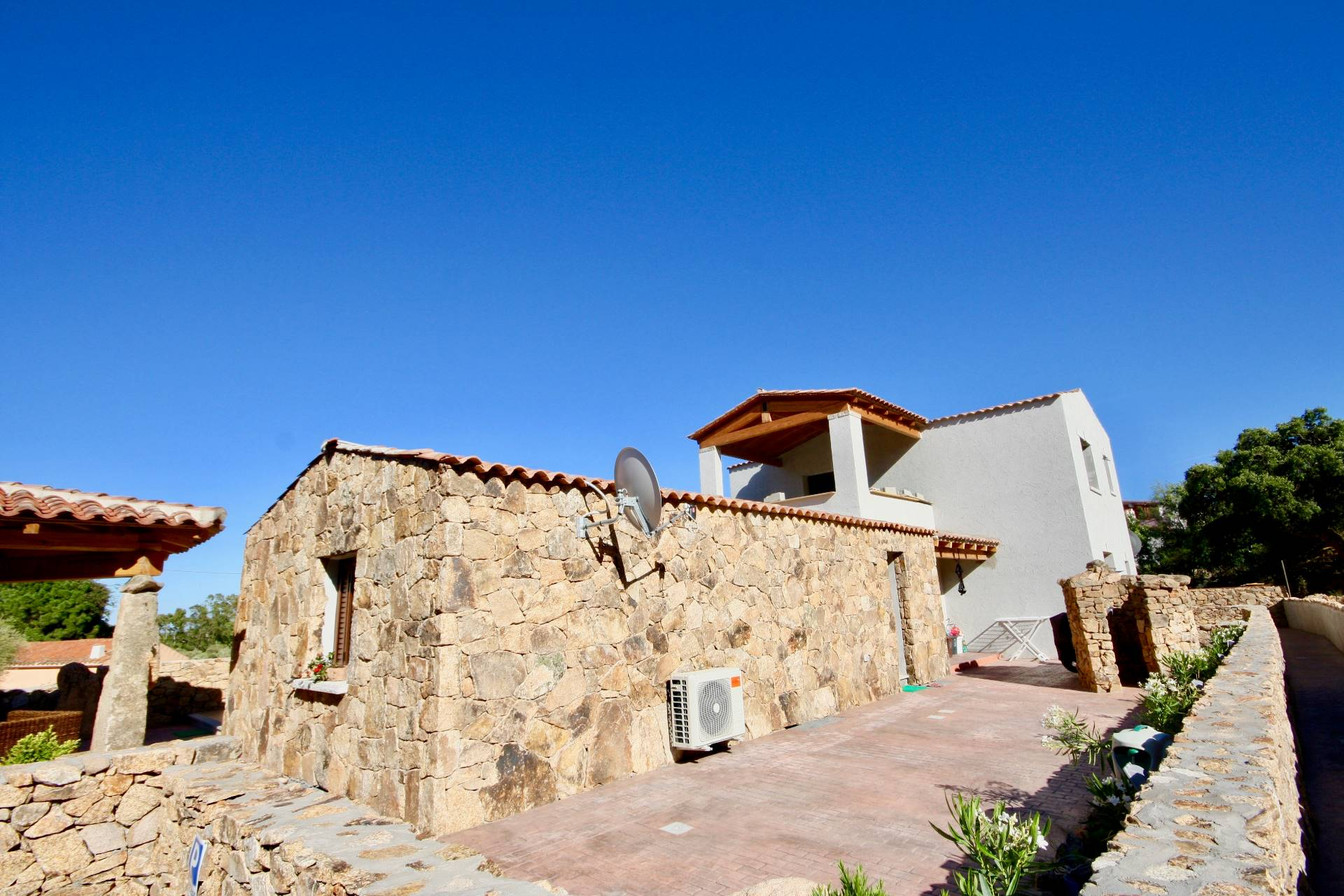 Appartamento in vendita a San Teodoro, 3 locali, prezzo € 175.000 | CambioCasa.it