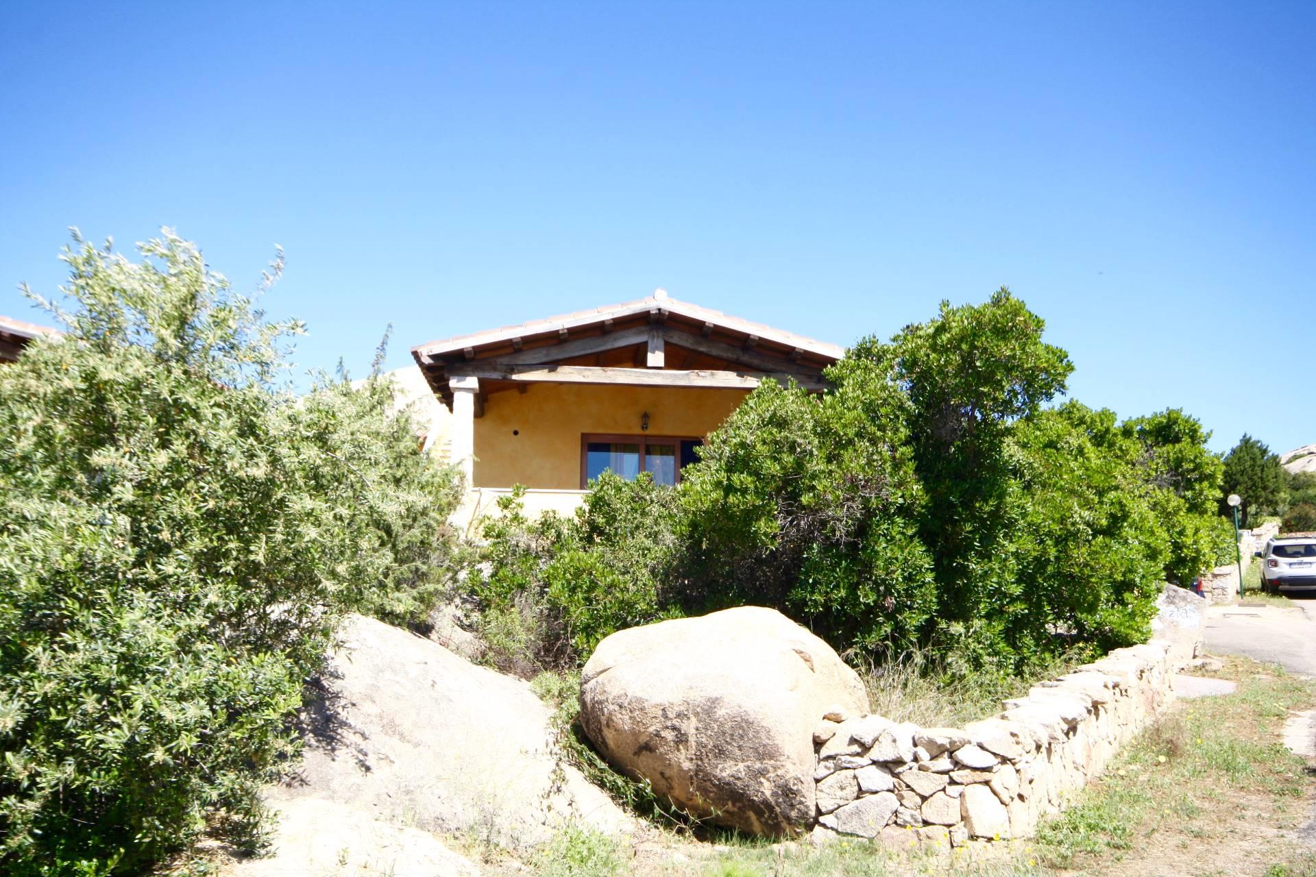Villa in vendita a San Teodoro, 5 locali, prezzo € 360.000 | CambioCasa.it