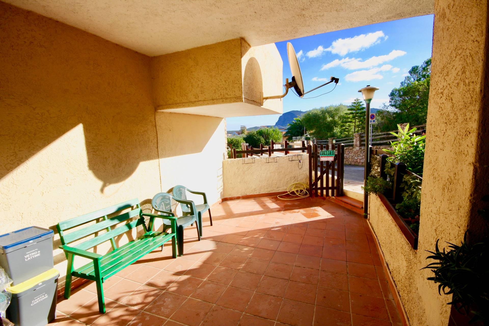 Appartamento in vendita a Golfo Aranci, 3 locali, zona Località: BaiaCaddinas, prezzo € 110.000 | CambioCasa.it