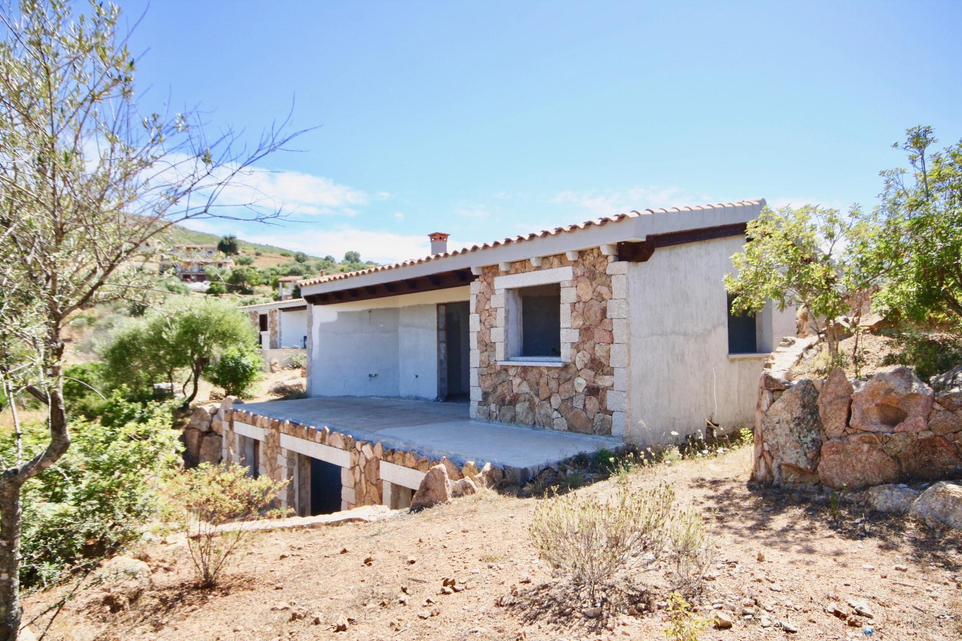 Villa in vendita a Loiri Porto San Paolo, 4 locali, zona Località: PortoSanPaolo, prezzo € 395.000 | CambioCasa.it