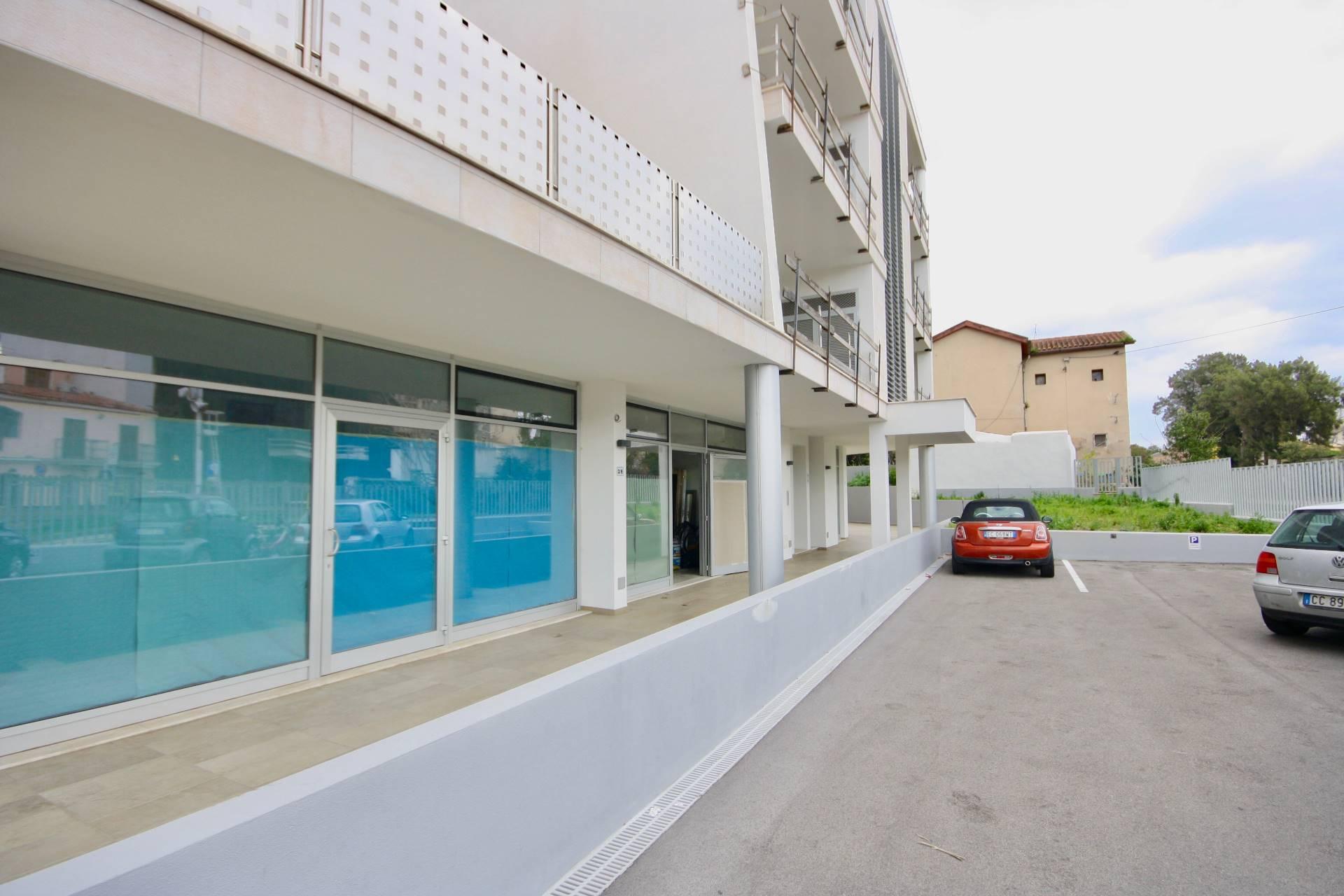 Negozio / Locale in vendita a Olbia - Porto Rotondo, 9999 locali, zona Località: Olbiacittà, prezzo € 250.000 | CambioCasa.it