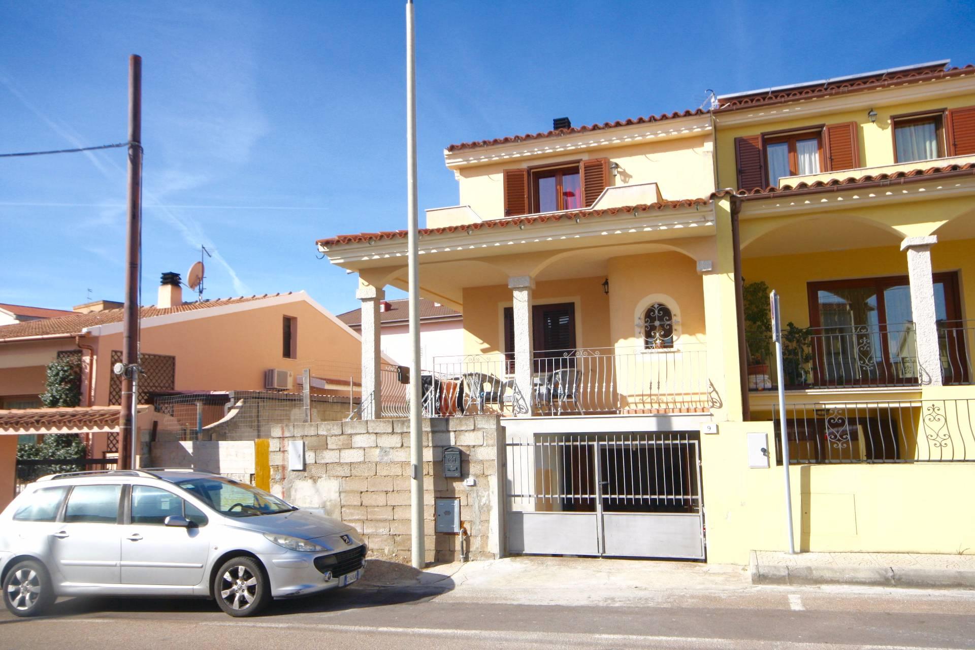 Villa in vendita a Olbia - Porto Rotondo, 6 locali, zona Località: Olbiacittà, prezzo € 300.000   CambioCasa.it