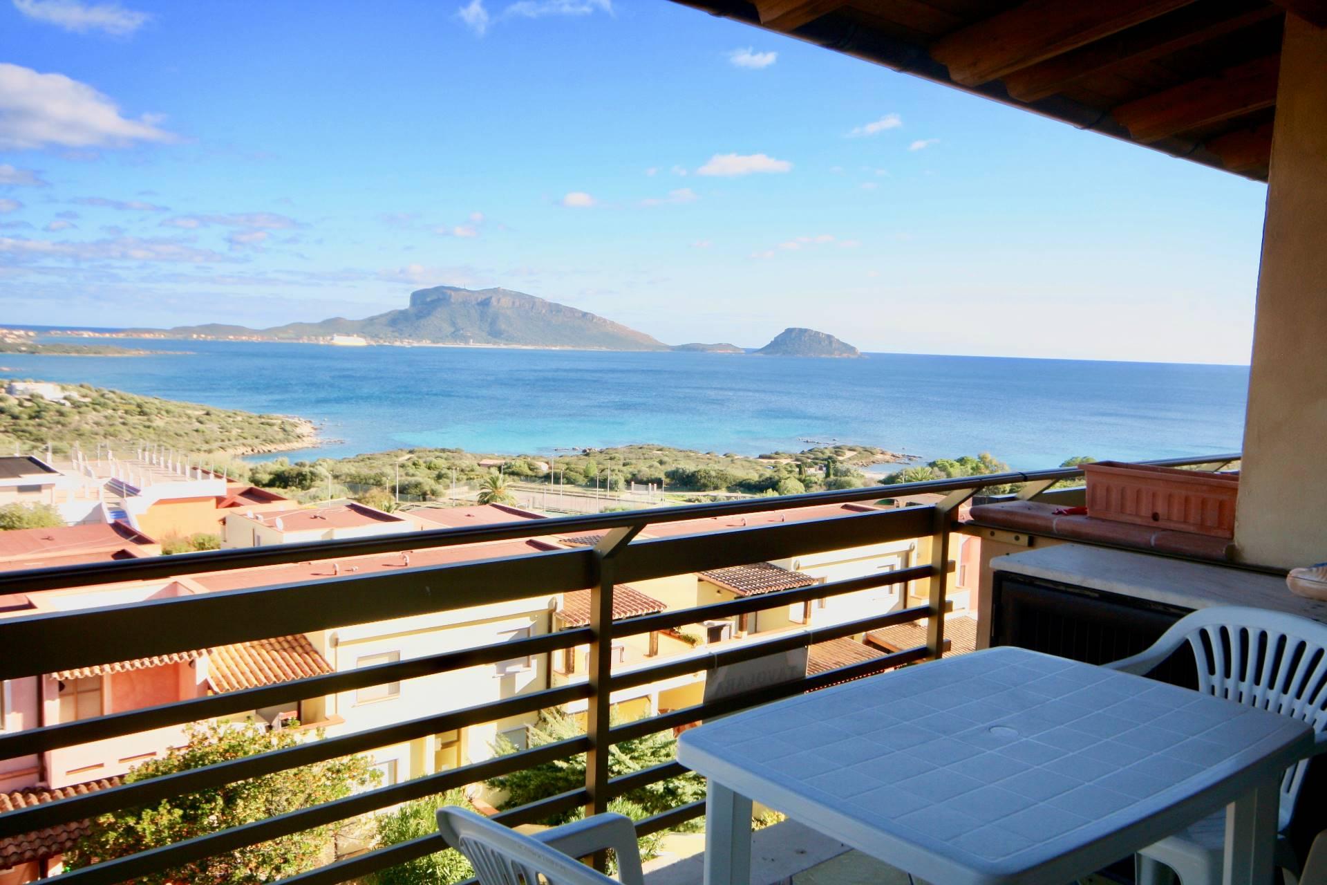 Appartamento in vendita a Golfo Aranci, 3 locali, zona Zona: Terrata, prezzo € 159.000   CambioCasa.it