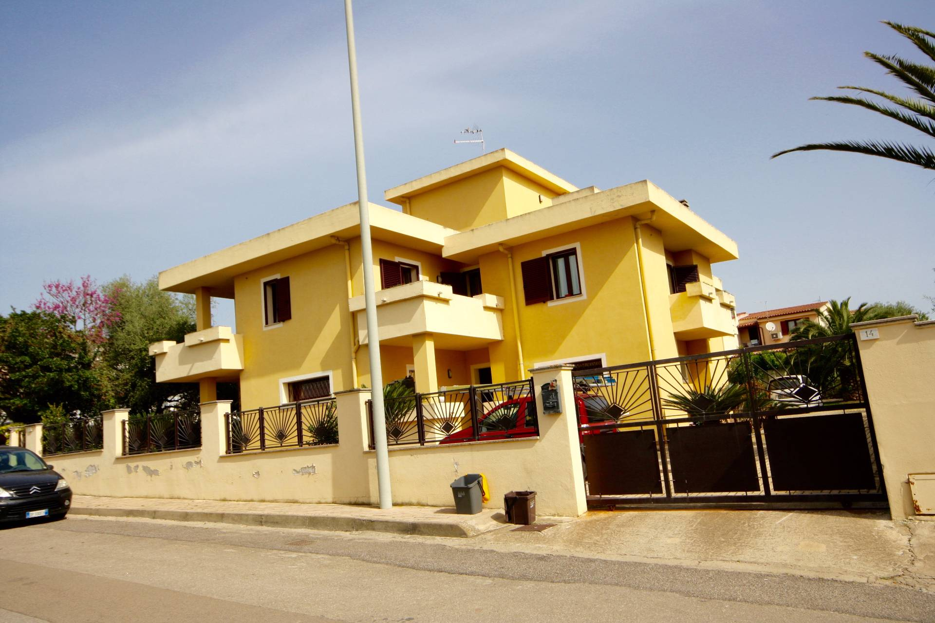 Villa in vendita a Olbia - Porto Rotondo, 12 locali, zona Località: Olbiacittà, prezzo € 750.000 | CambioCasa.it