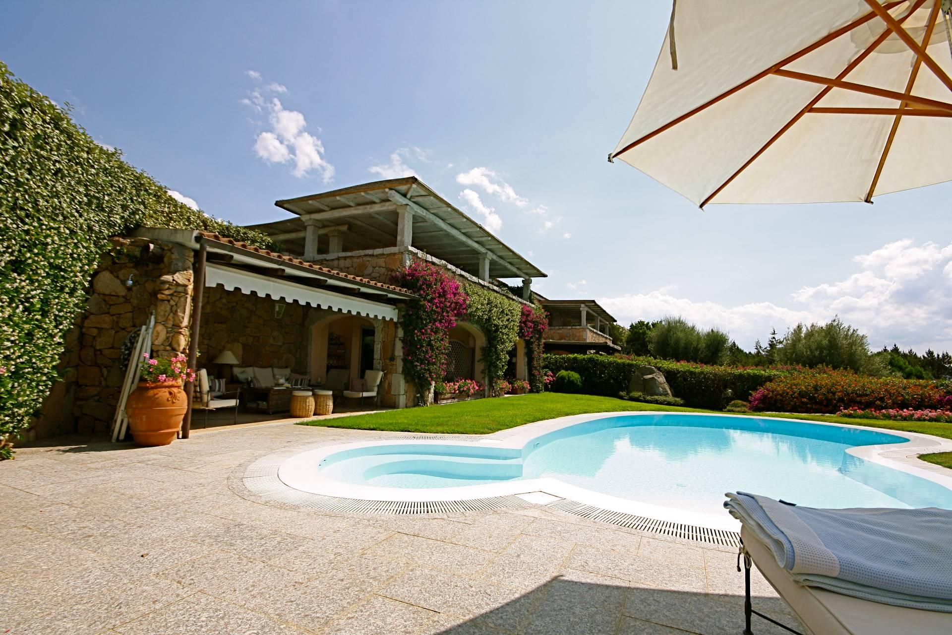 Immobile Turistico in affitto a Olbia - Porto Rotondo, 5 locali, prezzo € 1.050 | CambioCasa.it