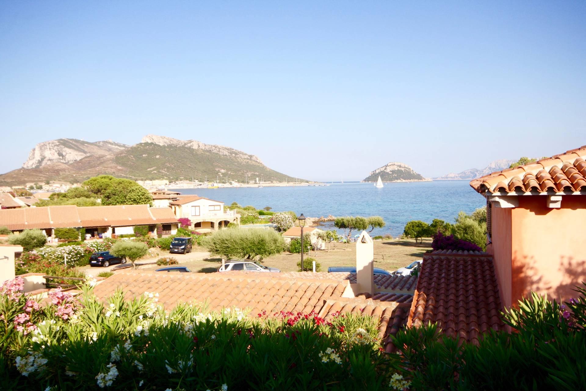 Villa in vendita a Golfo Aranci, 6 locali, prezzo € 690.000 | CambioCasa.it