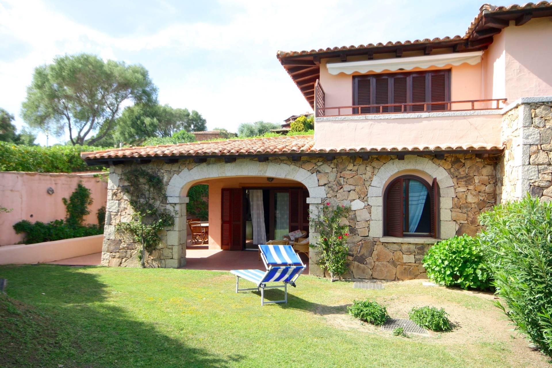 Villa a Schiera in vendita a San Teodoro, 5 locali, prezzo € 430.000 | CambioCasa.it