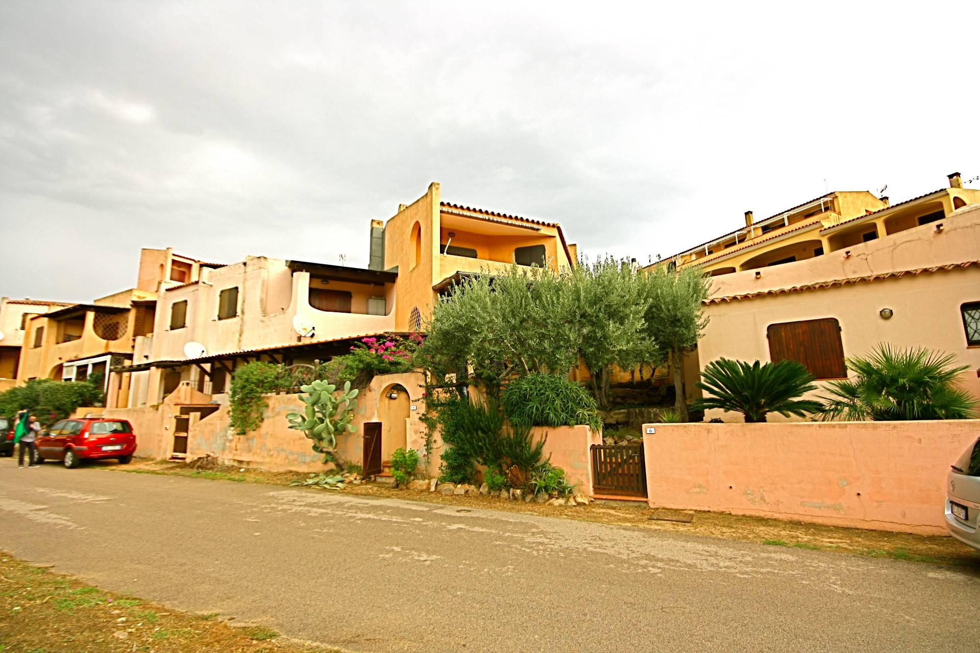 Appartamento in vendita a Golfo Aranci, 4 locali, prezzo € 295.000 | CambioCasa.it
