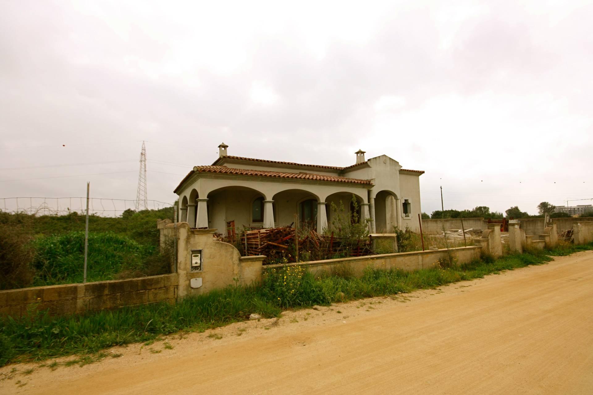 Villa in vendita a Olbia - Porto Rotondo, 5 locali, zona Località: Olbiacittà, prezzo € 290.000   CambioCasa.it