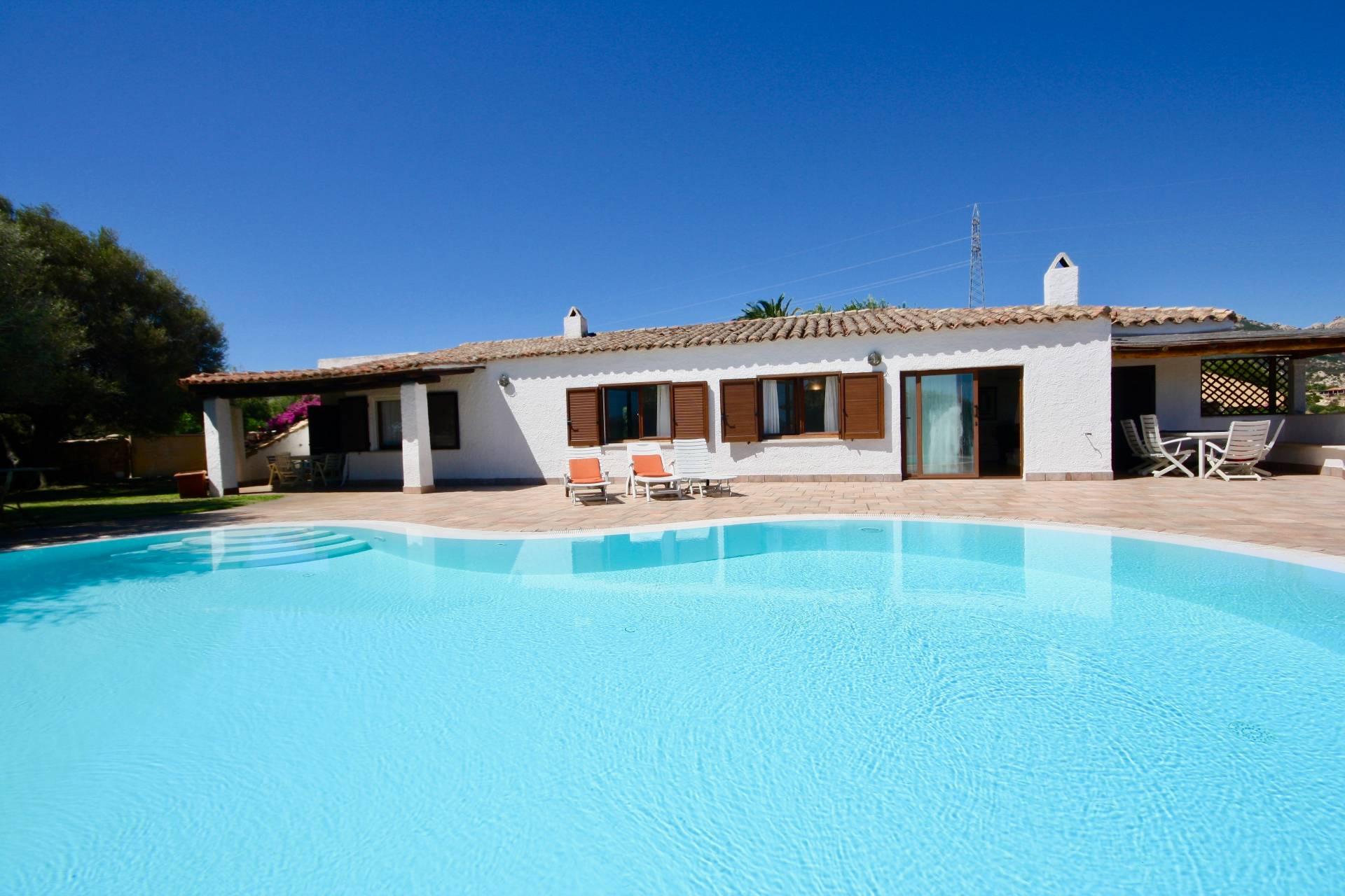 Villa in vendita a Olbia - Porto Rotondo, 10 locali, zona Zona: Portisco, prezzo € 2.300.000 | CambioCasa.it